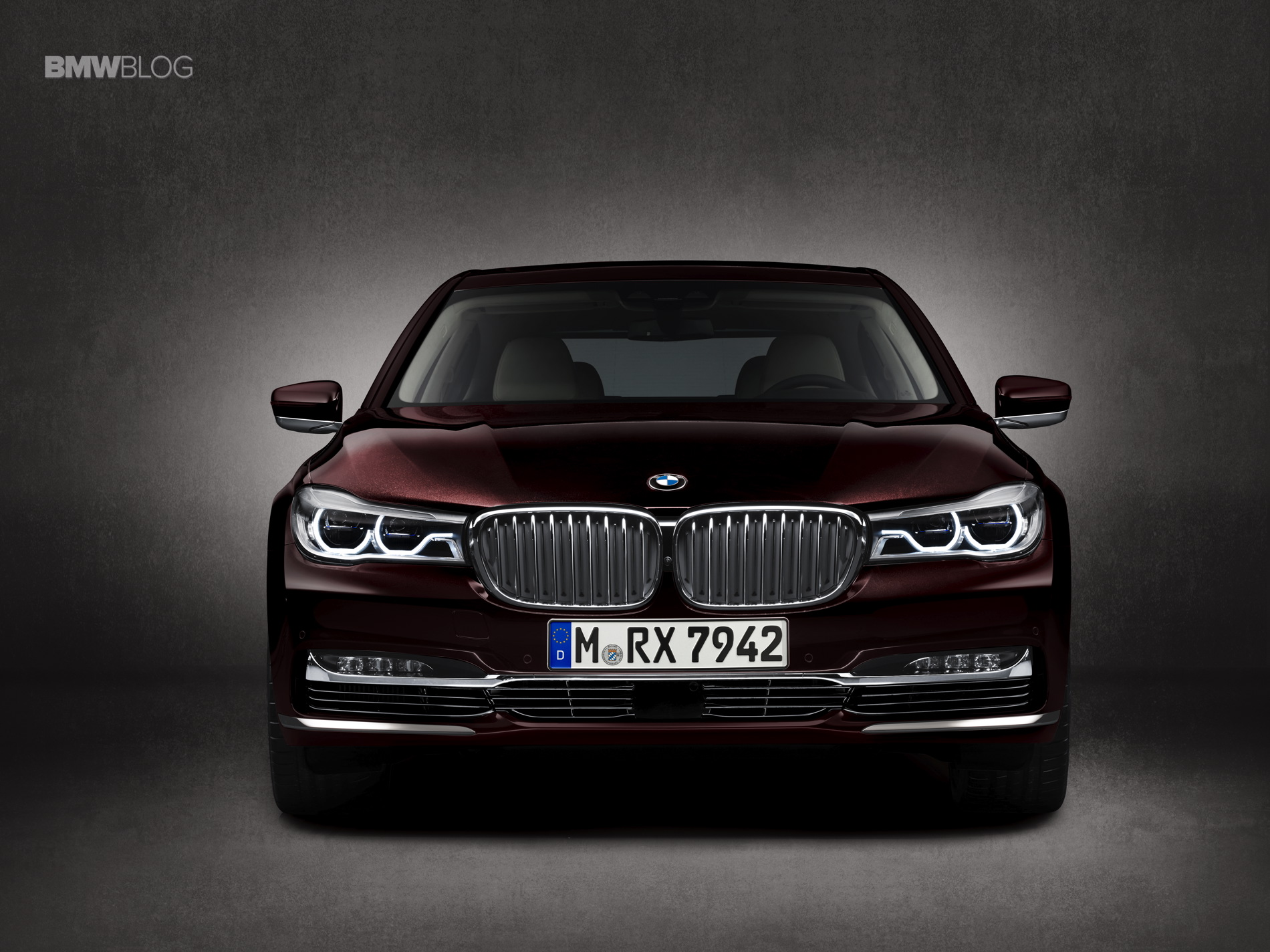 BMW M760Li xDrive images 15