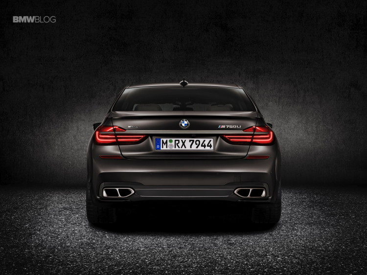 BMW M760Li xDrive images 4 750x562