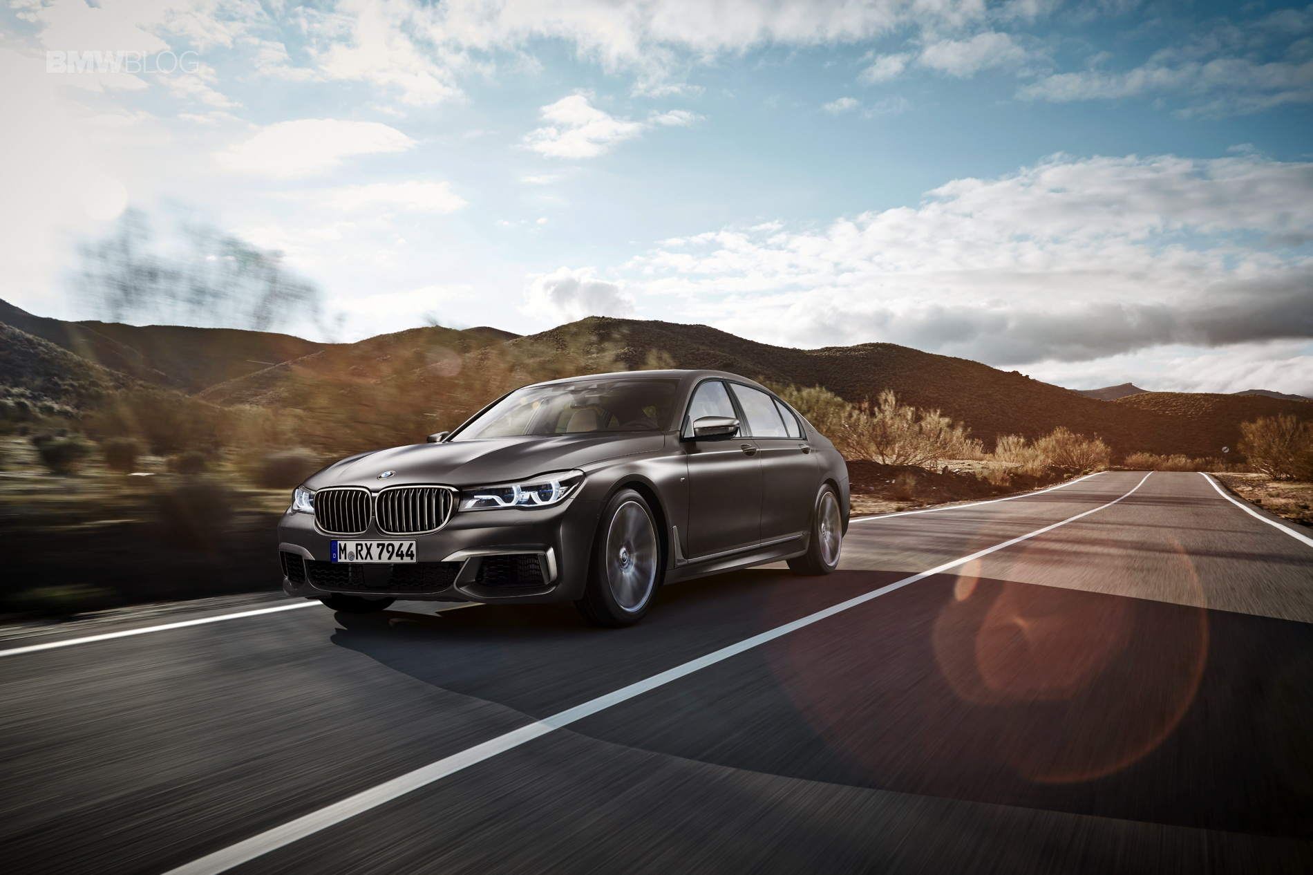 BMW M760Li xDrive images 7