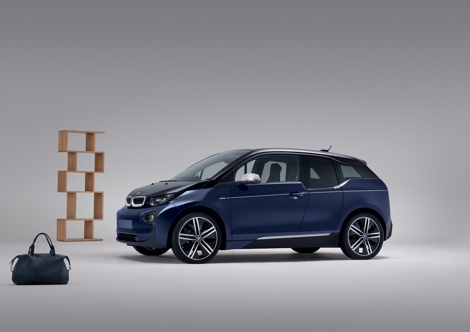 Here Is The Bmw I3 Tuxedo Blue By Mr Porter