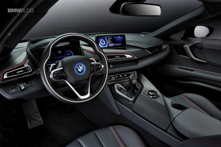 BMW i8 Protonic Red Edition 1 750x500
