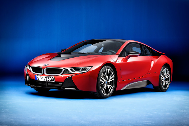 BMW i8 Red Protonic 750x500