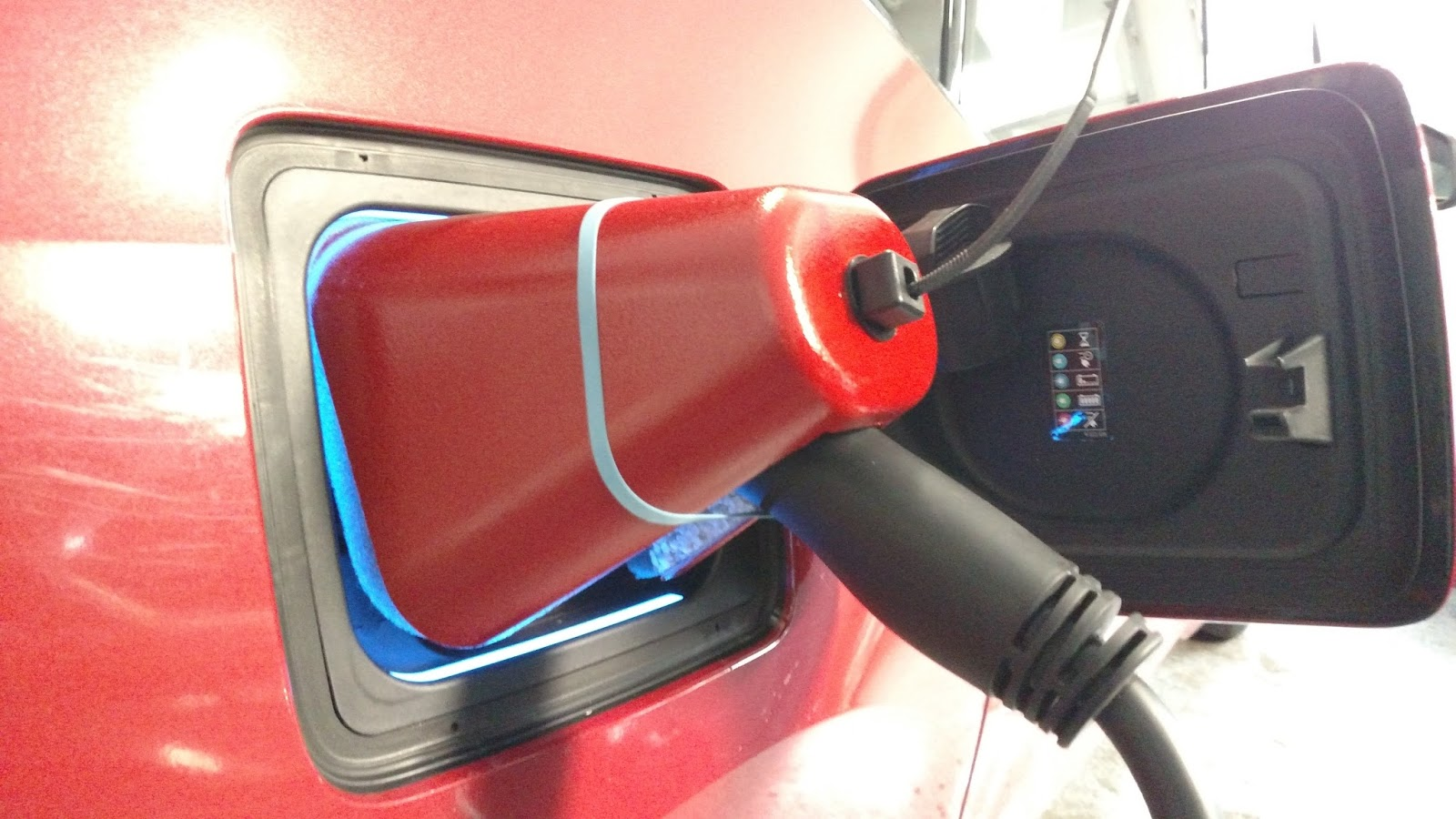 BMW i3 Life Hack: Charge Port Snow Cover