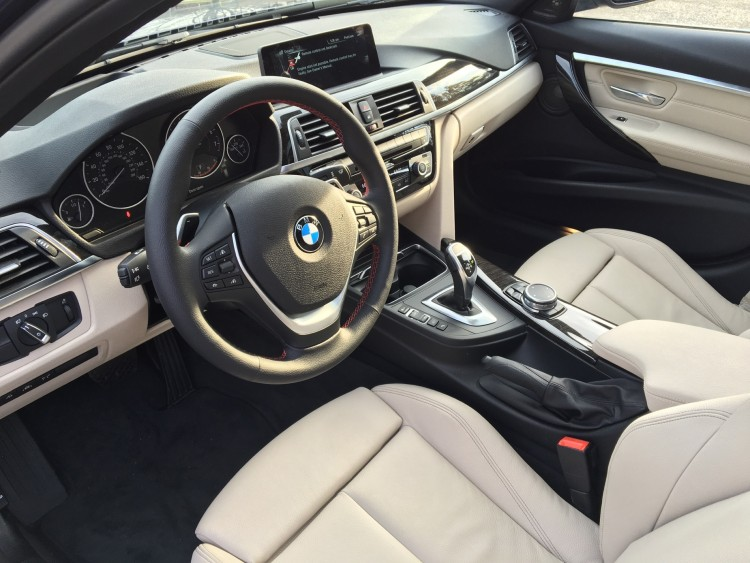 2016-BMW-328i-Sports-Wagon14