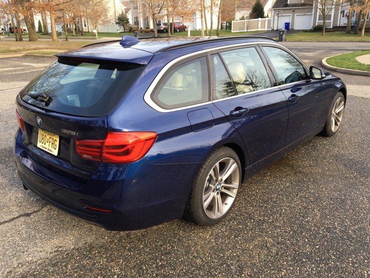 2016 BMW 328i Sports Wagon9 750x563