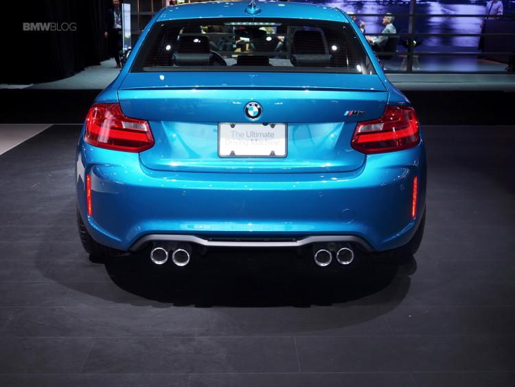 2016 BMW M2 New York Auto Show 13 750x563