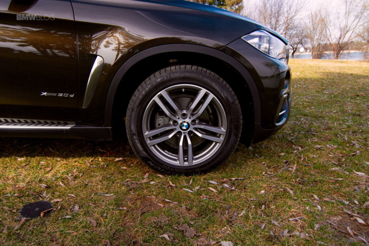 2016-BMW-X6-xDrive30d-test-drive-69