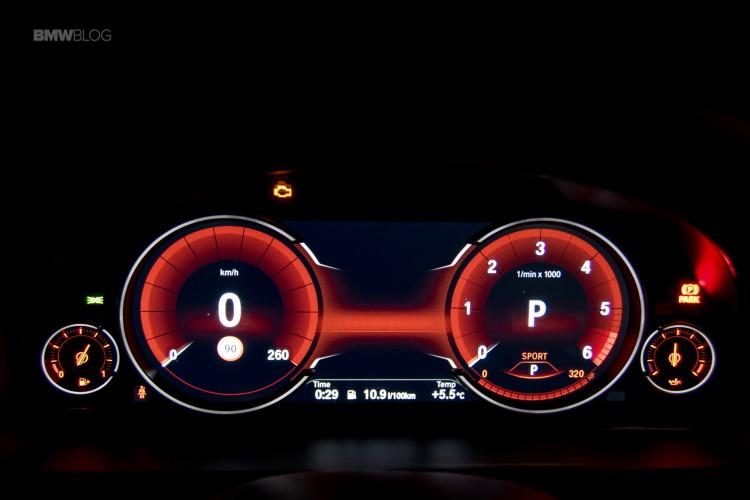 2016-BMW-X6-xDrive30d-test-drive-96