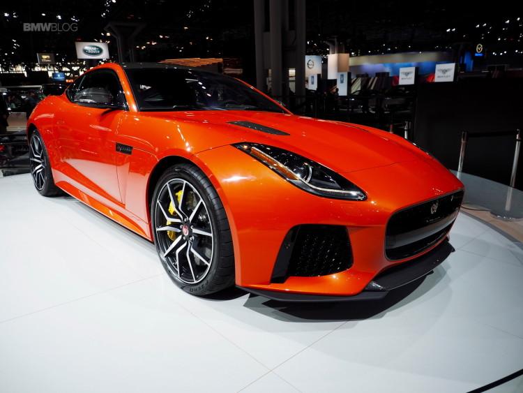 2017-2017 Jaguar F-Type SVR-11
