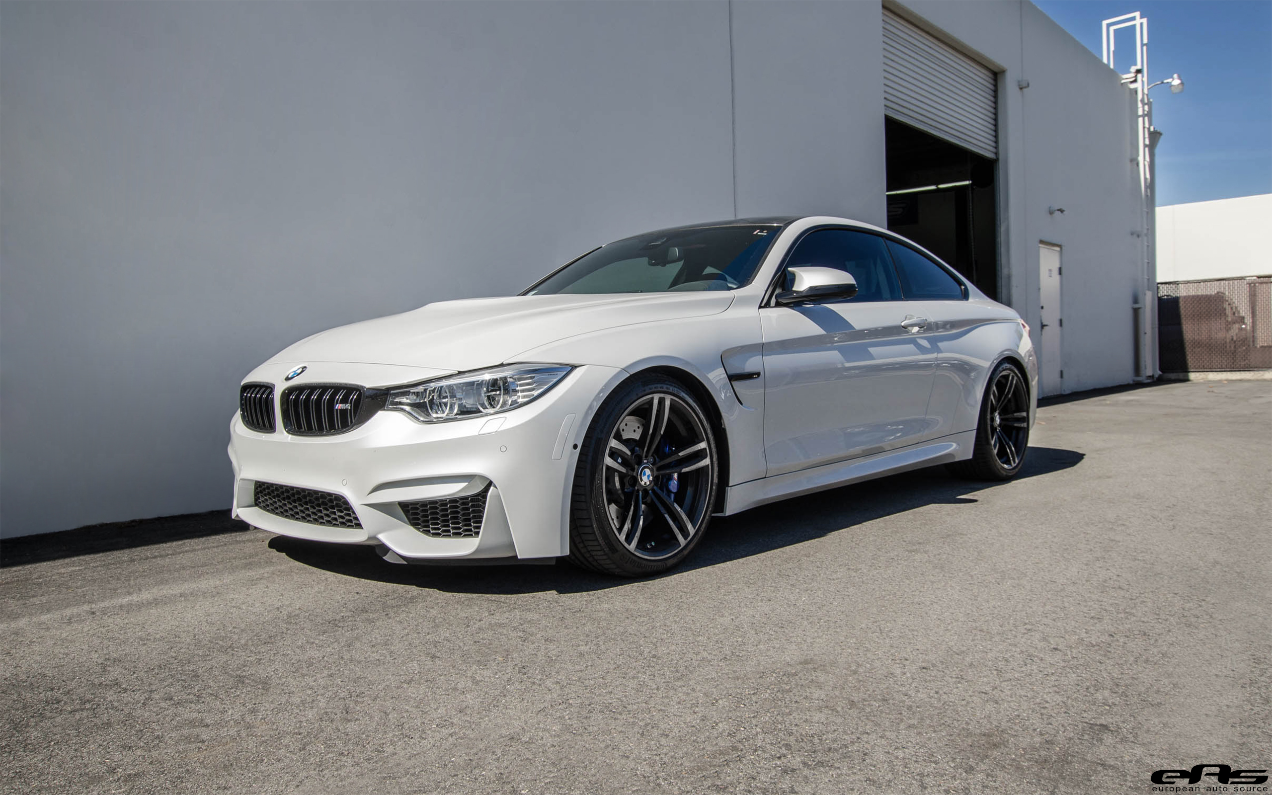 This Bmw F82 M4 Gets A Racing Stance