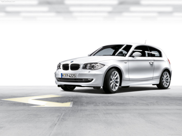 BMW 1 series 3 door E81 750x563