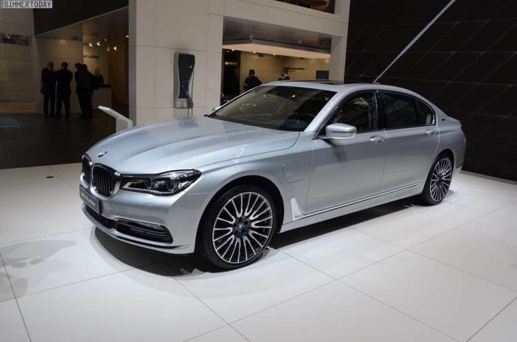 BMW 740Le G12 iPerformance 7er Hybrid 2016 Genf Autosalon Live 21 750x497