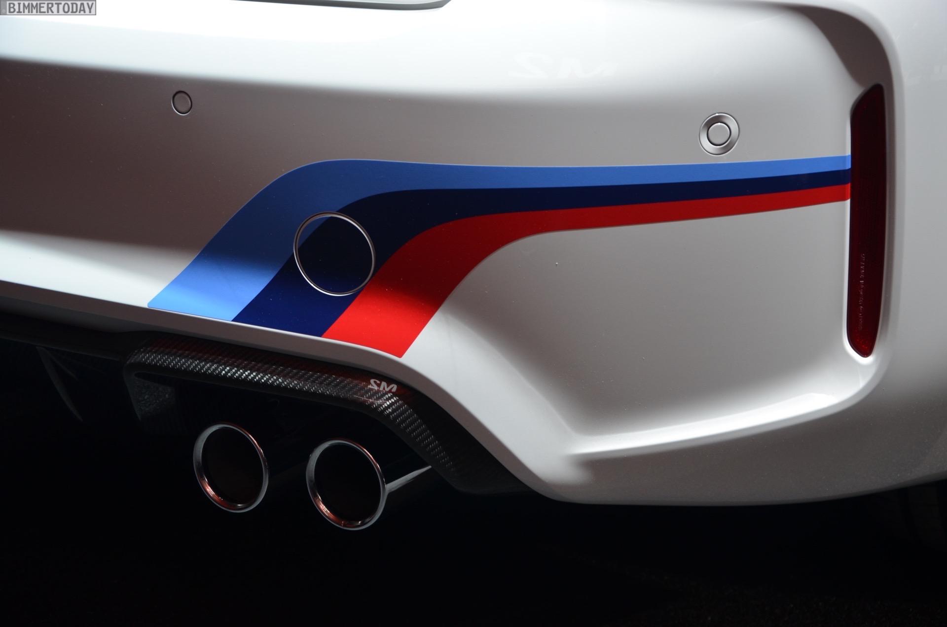 BMW M2 Coupe F22 M Performance Zubehoer Autosalon Genf 2016 LIVE 10