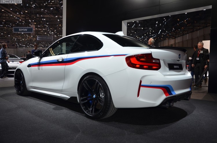 BMW M2 Coupe F22 M Performance Zubehoer Autosalon Genf 2016 LIVE 22 750x497