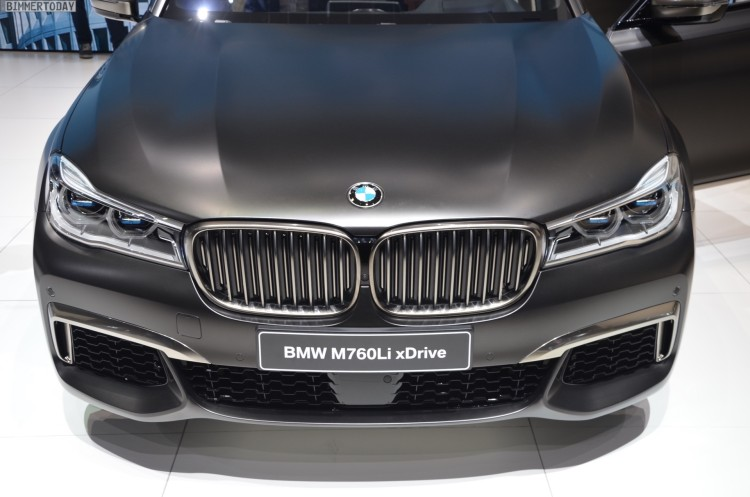 BMW M760Li G12 V12 xDrive 7er 2016 Frozen Dark Brown Genf Live 03 750x497