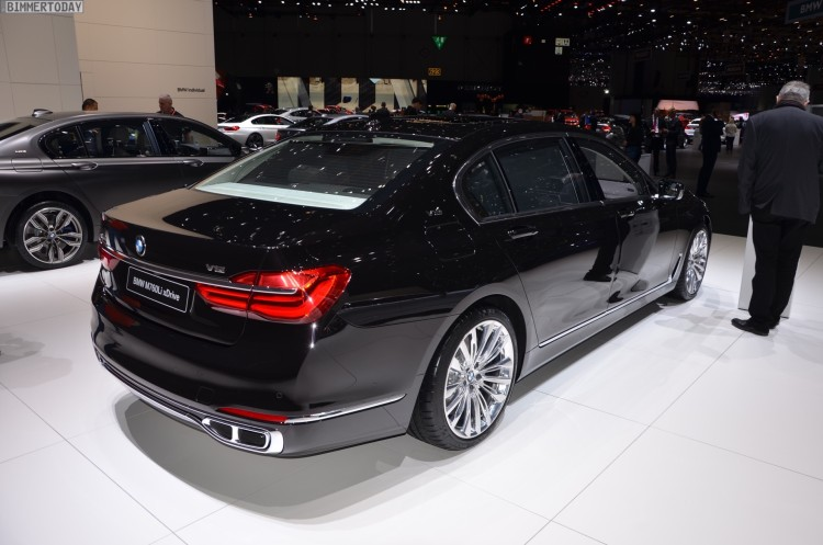 BMW M760Li G12 xDrive V12 Excellence 7er Individual Genf 2016 Live 18 750x497