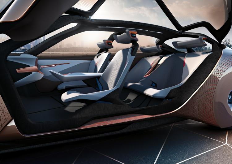 BMW VISION NEXT 100-11