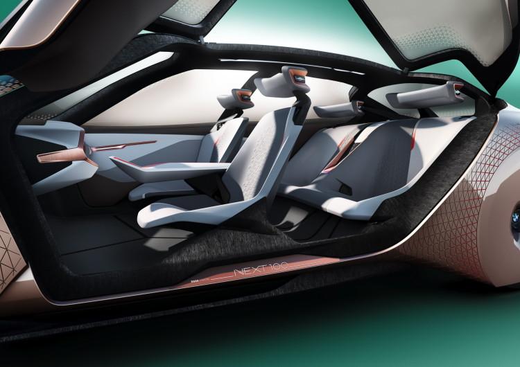 BMW VISION NEXT 100-64