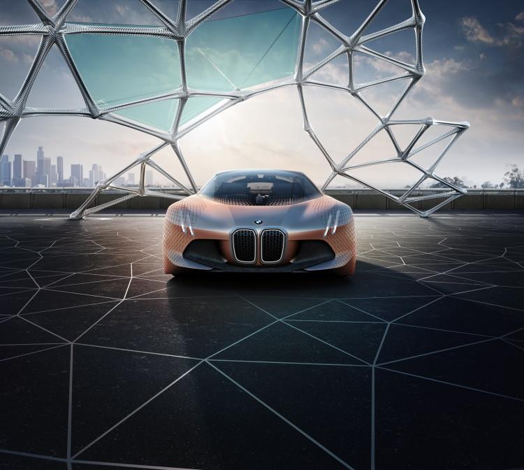 BMW VISION NEXT 100-7