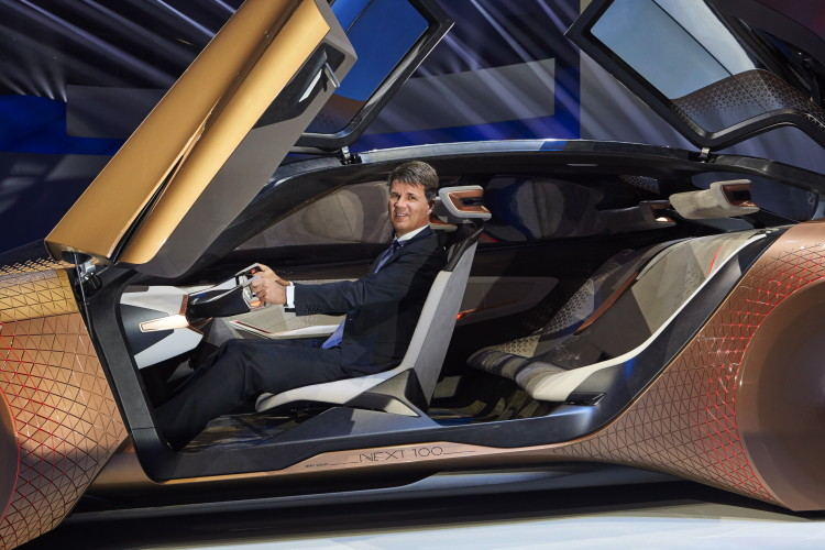 BMW VISION NEXT 100-images-30