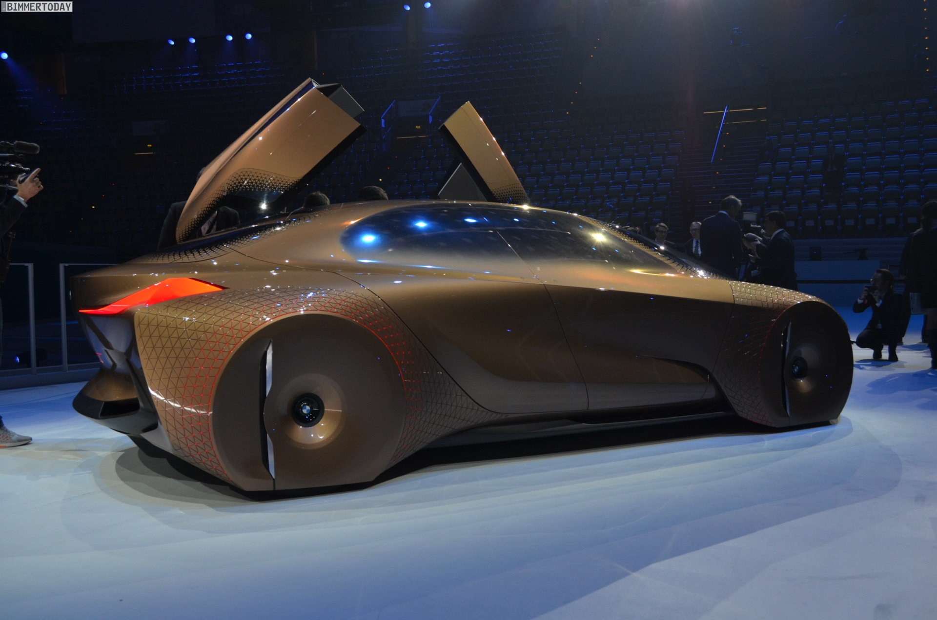 Fear Of Driving >> LIVE PHOTOS: BMW VISION NEXT 100