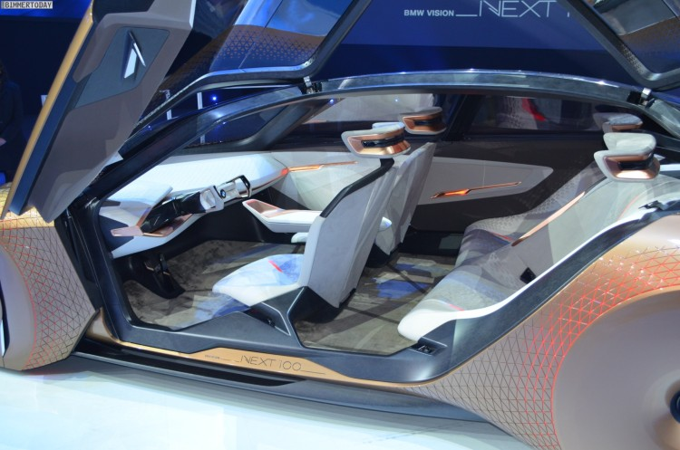 BMW Vision Next 100 Live Interieur 04 750x497 LIVE PHOTOS: BMW VISION NEXT 100