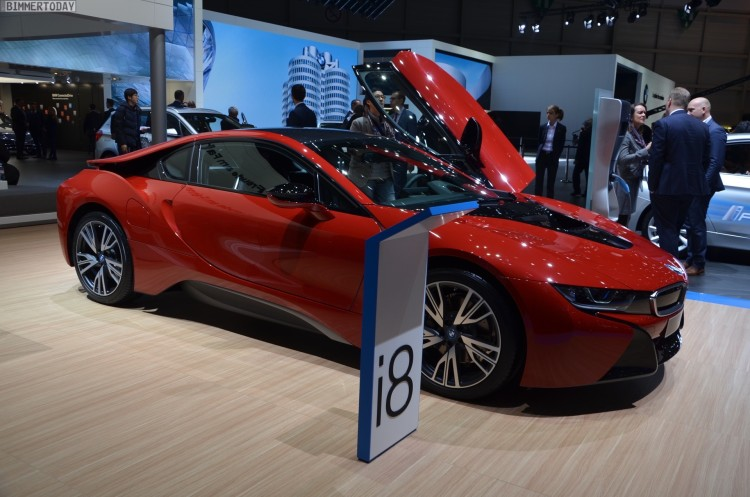 BMW i8 Protonic Red Edition Autosalon Genf 2016 LIVE 01 750x497