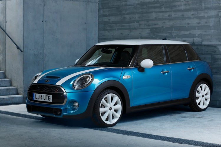 Mini Cooper 5 door 2015 1600x1200 wallpaper 01 750x500