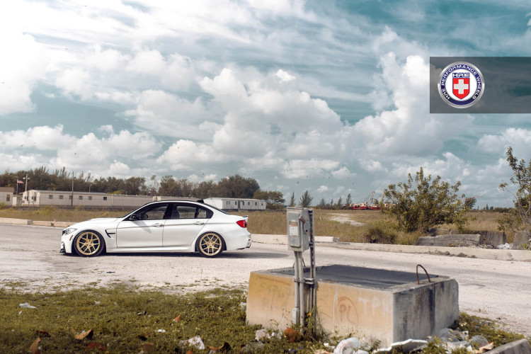 White BMW M3 with HRE R101 Wheels 7 750x500