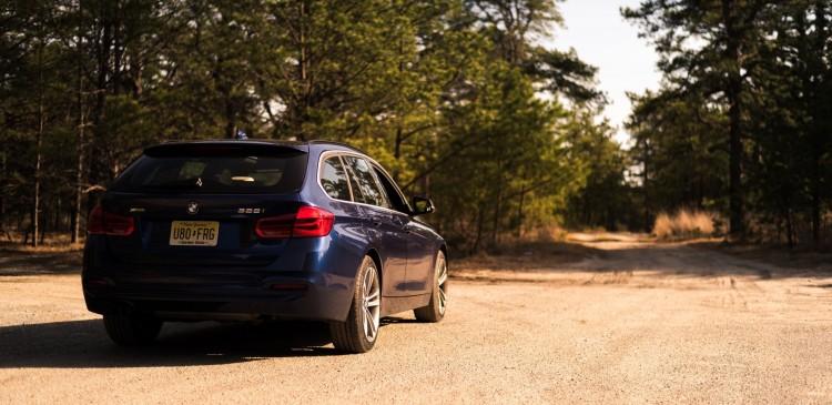 2016 BMW 328i Sports Wagon13 750x365