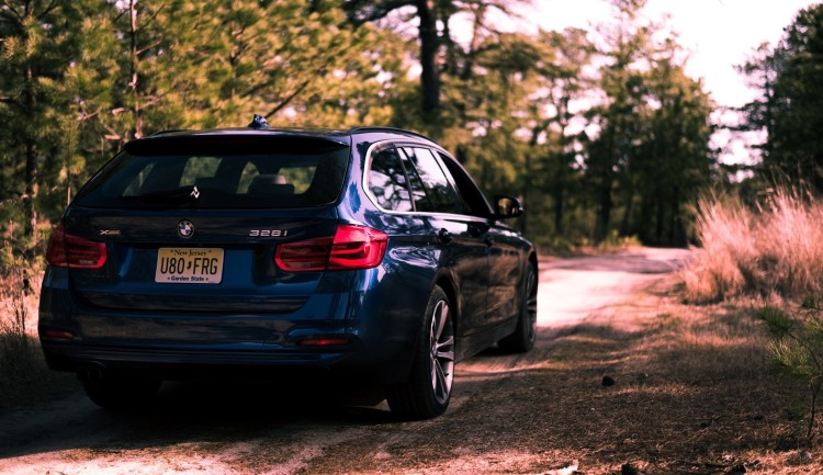 2016 BMW 328i Sports Wagon15 750x433