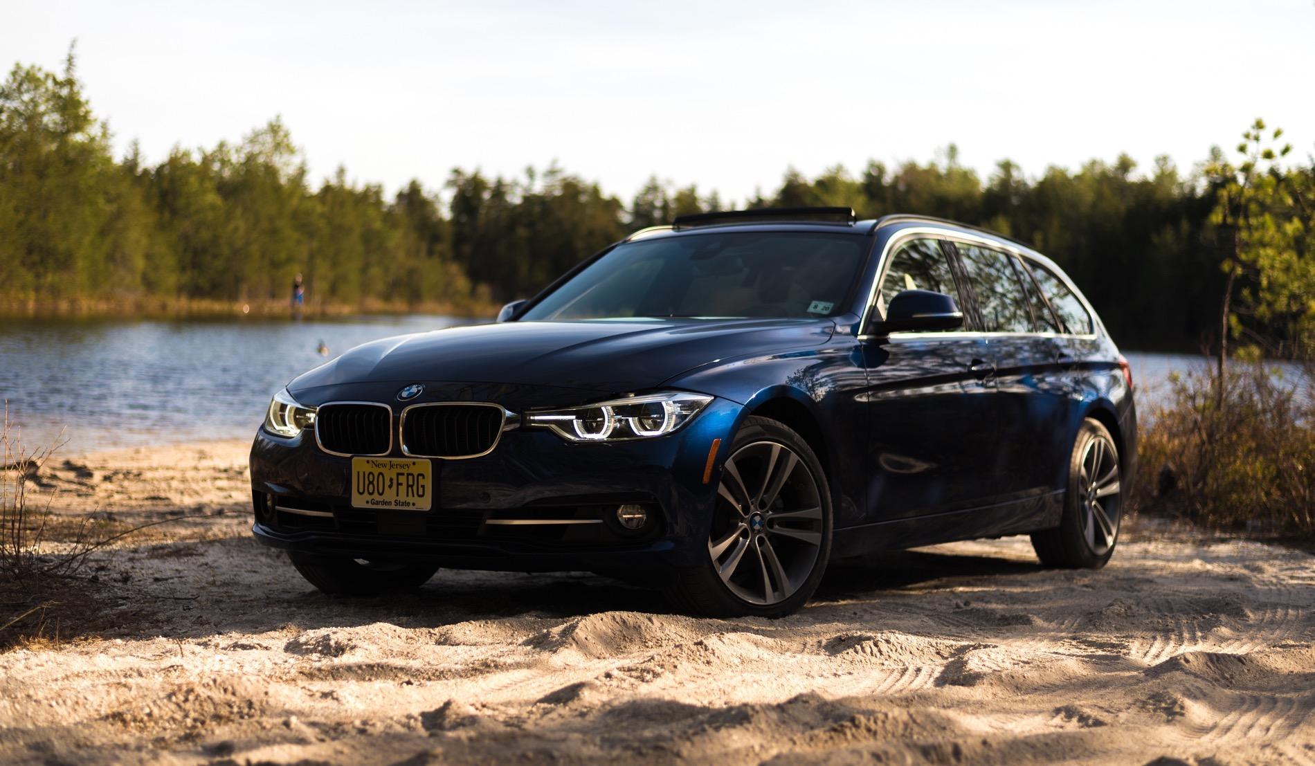 2016 BMW 328i Sports Wagon17