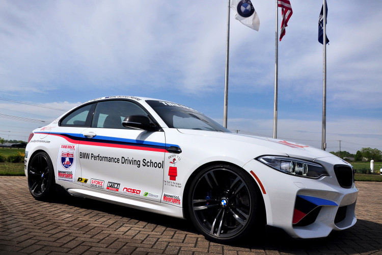 2016 BMW M2 One Lap of America 750x500