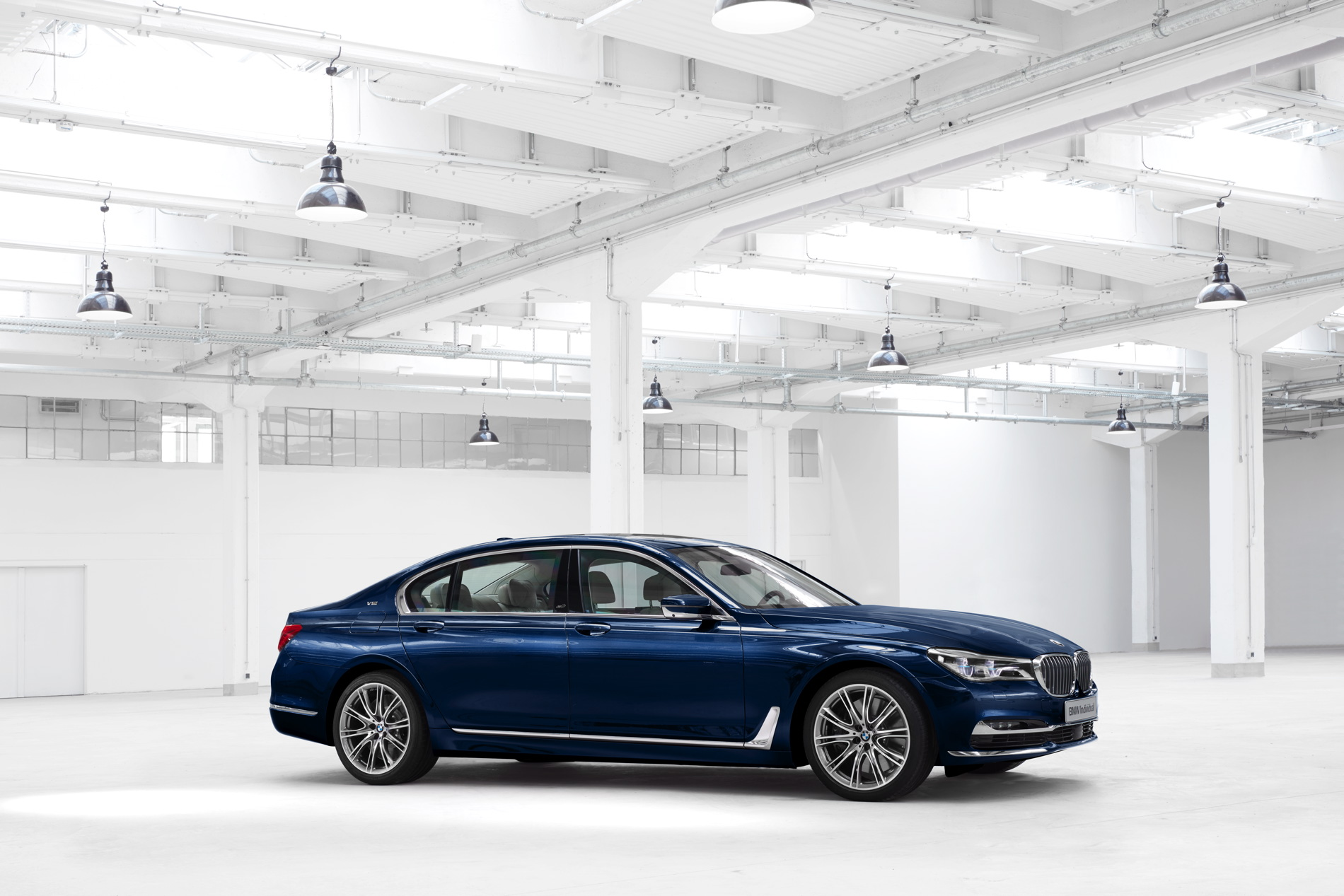 WORLD PREMIERE BMW Individual 7 Series THE NEXT 100 YEARS