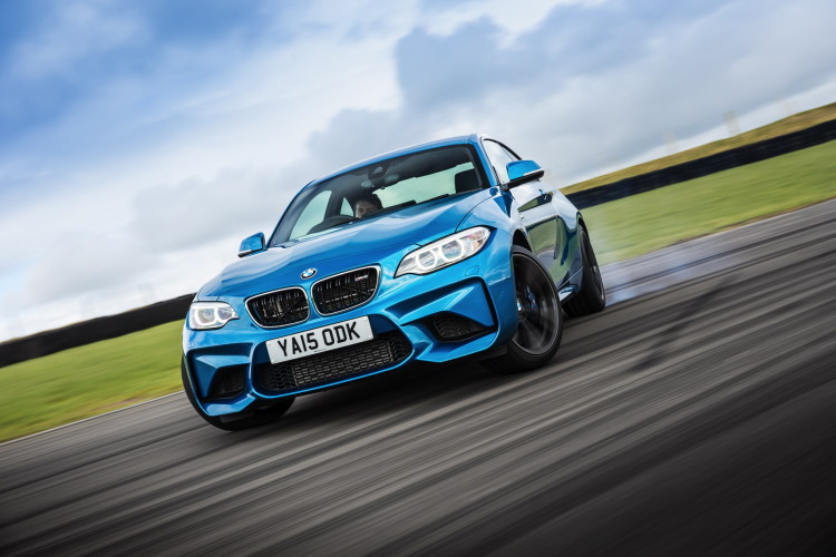 BMW M2 UK launch exterior 18 750x500