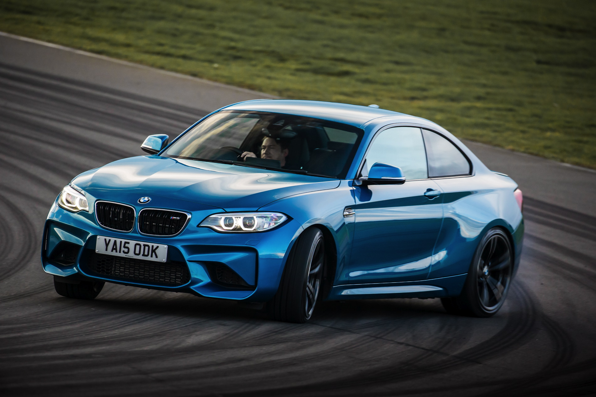 BMW M2 UK launch exterior 32