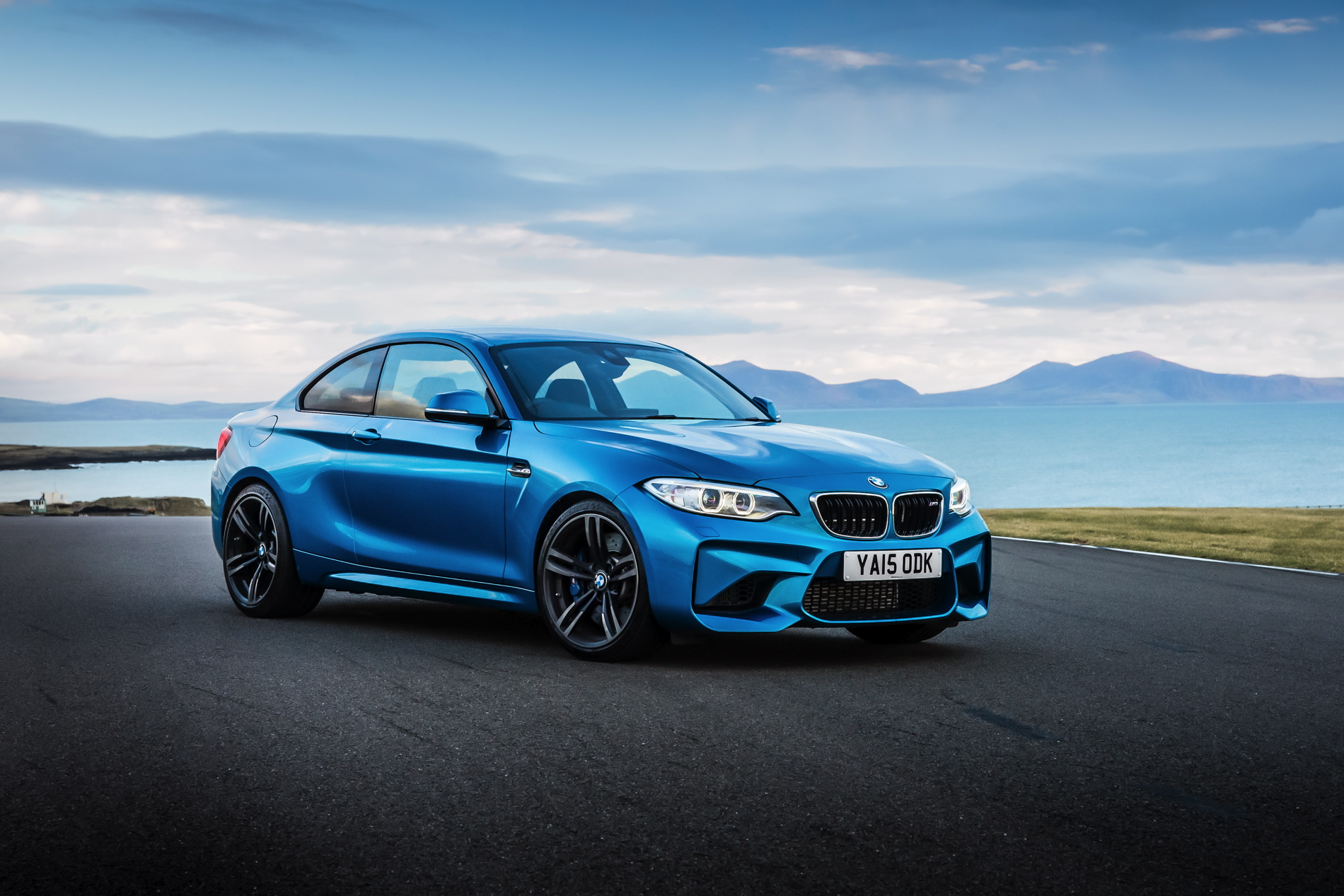 BMW M2 UK launch exterior 36