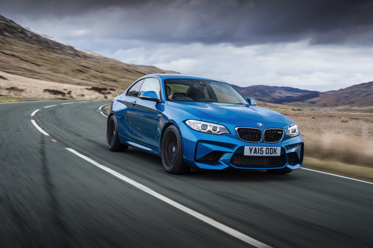 BMW M2 UK launch exterior 44 750x500