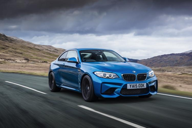BMW M2 UK launch exterior 46 750x500