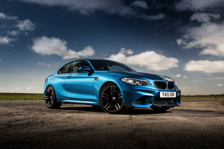 BMW M2 UK launch exterior 55 750x500