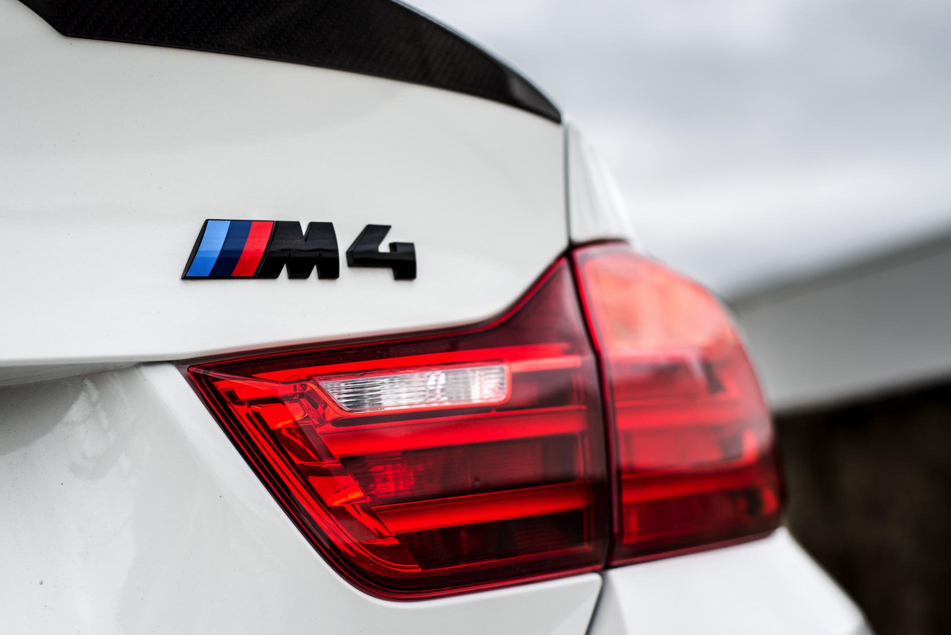 BMW M4 Coupé Tour Auto Edition 8