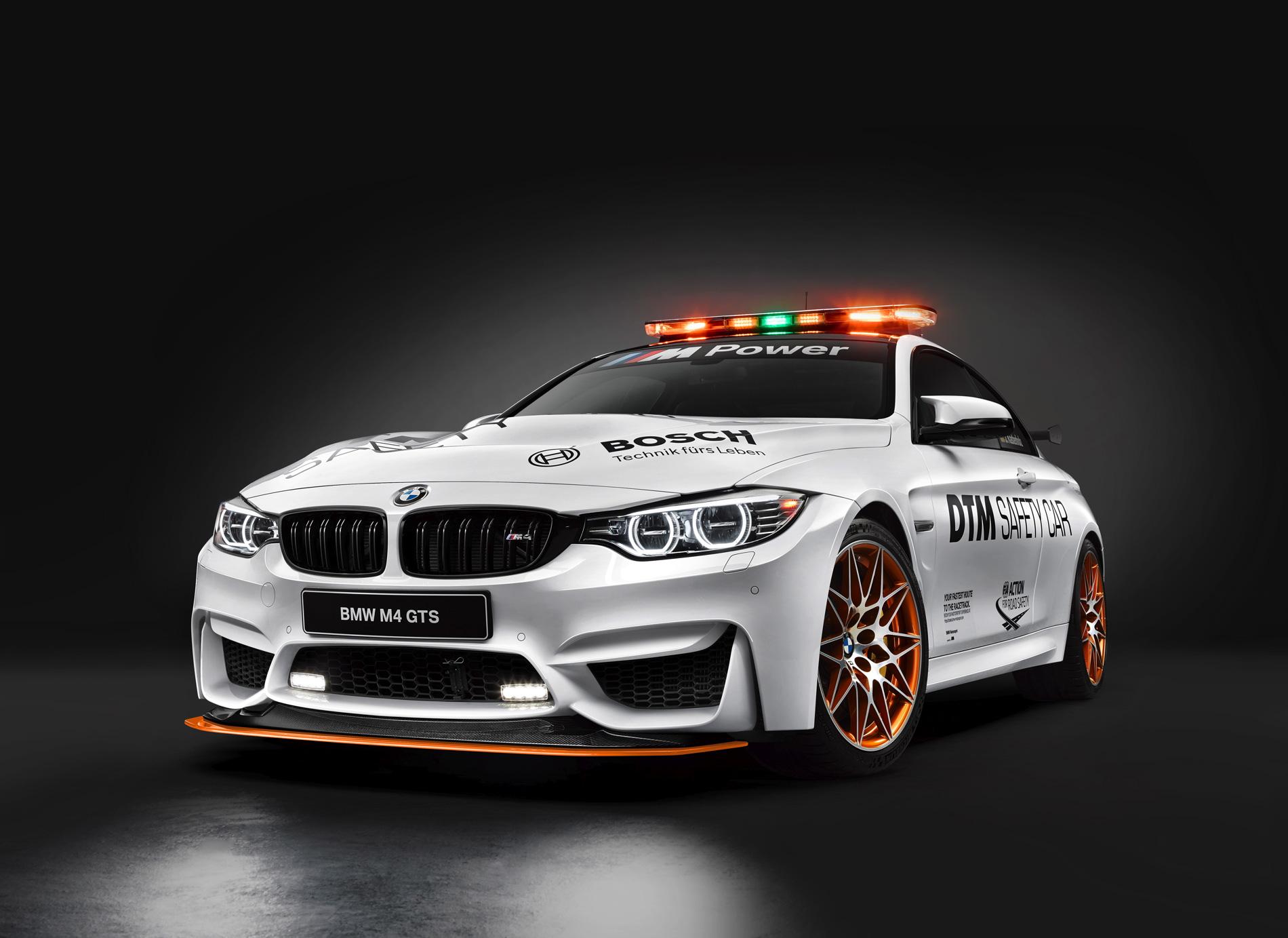 BMW M4 GTS DTM 2016 1