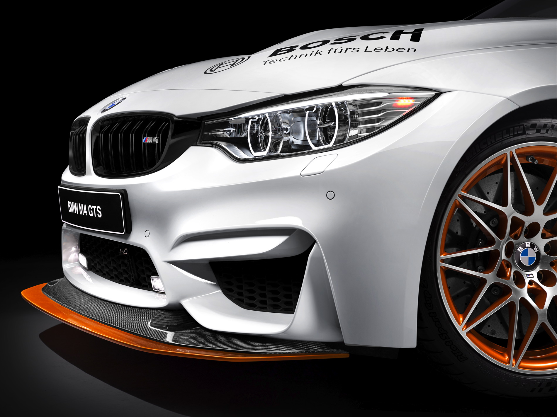 Bmw M4 Gts Is The Safety Car Of The 2016 Dtm Championship