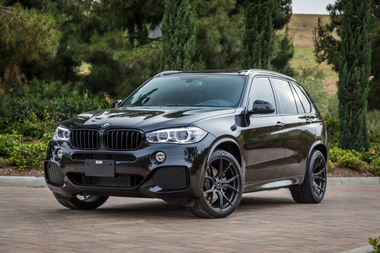 Bmw Recalls 36 Model Year 2017 Bmw X5 To Replace Airbag
