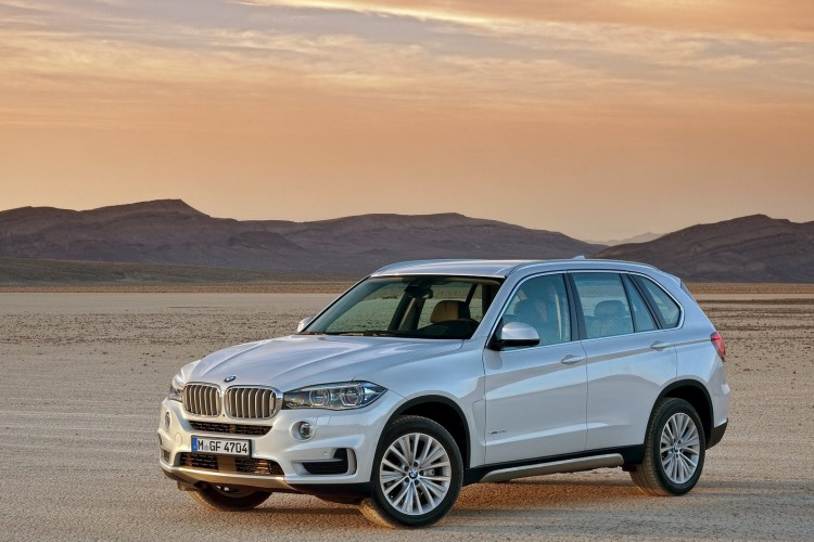 BMW X5 2014 1600x1200 wallpaper 04 750x500