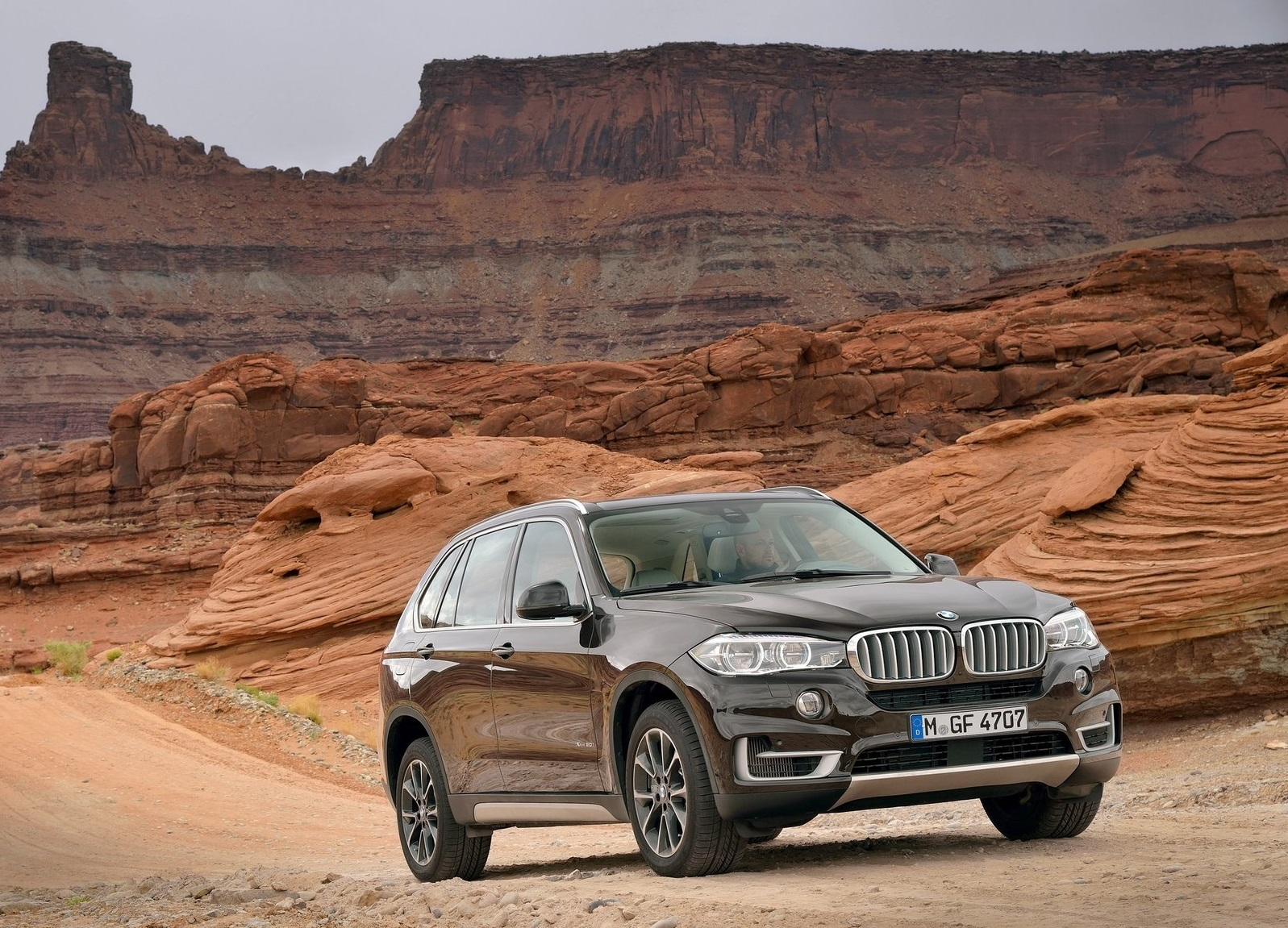 BMW X5 2014 1600x1200 wallpaper 06
