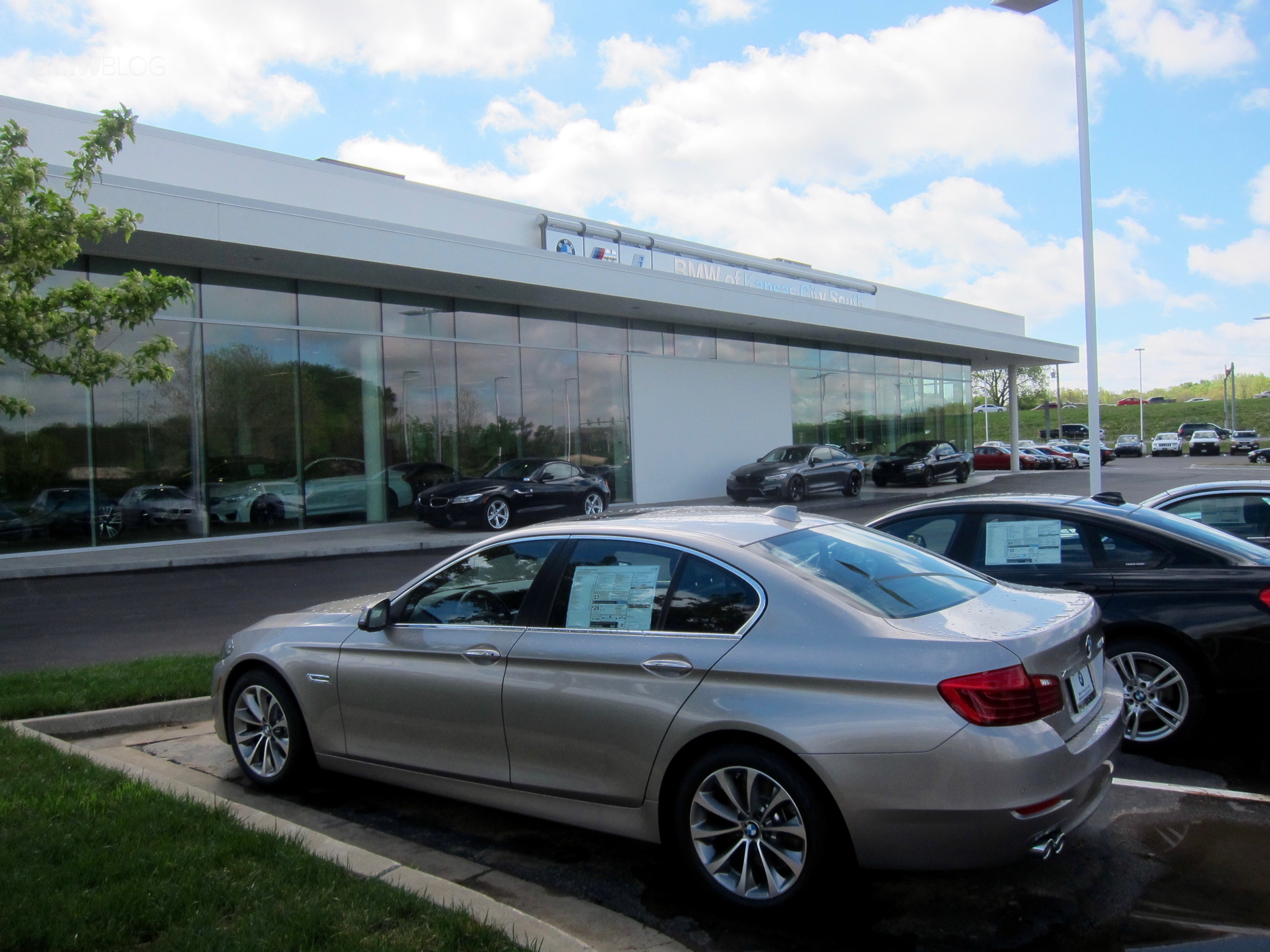Stevens Creek Bmw Service >> More BMW Future Retail Design dealerships are opening ...