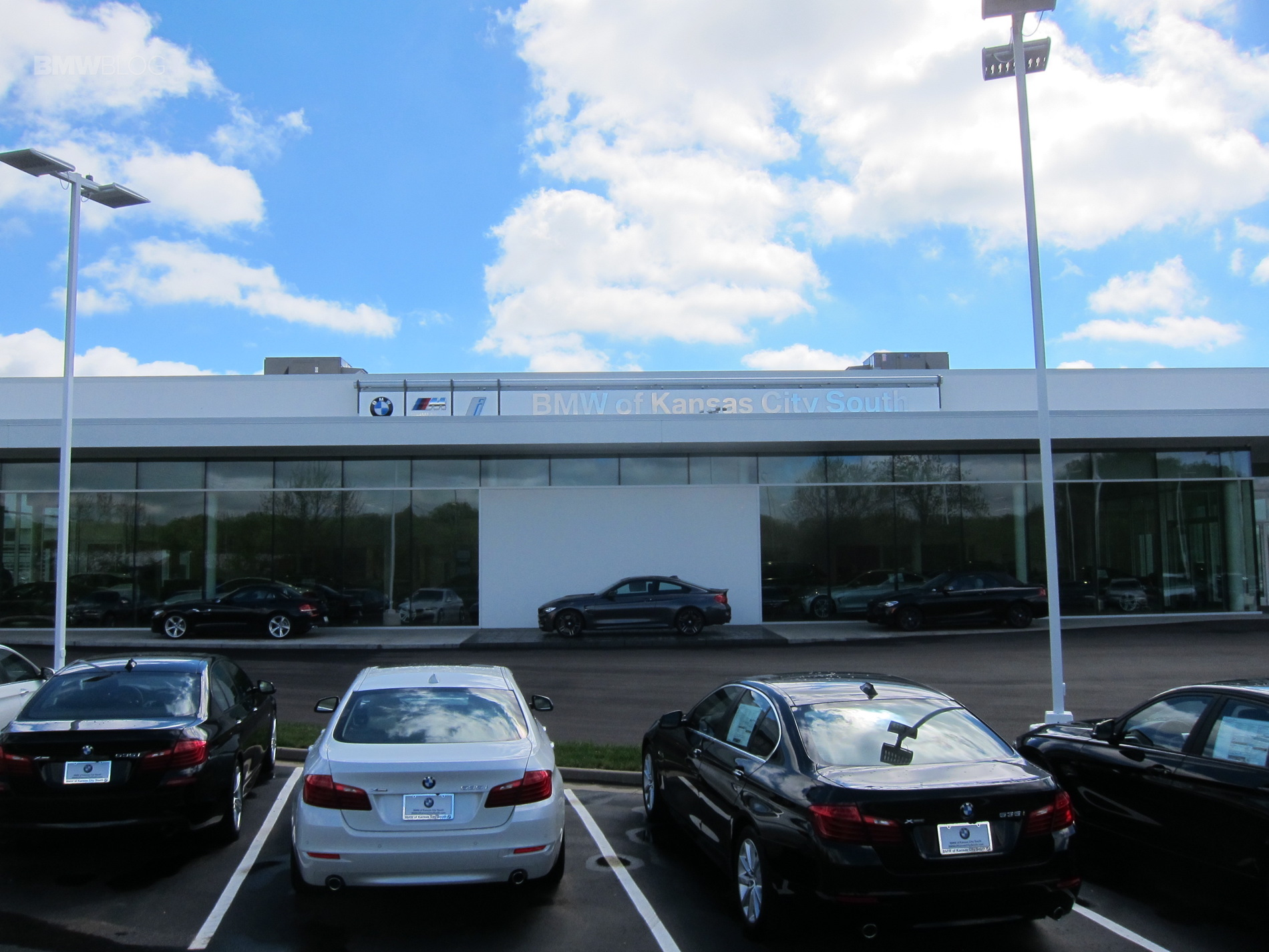 BMW Of Kansas City South >> More Bmw Future Retail Design Dealerships Are Opening Across