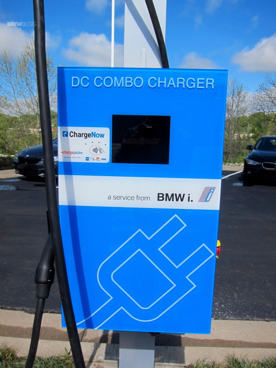 BMW-of-South-Kansas-City-2