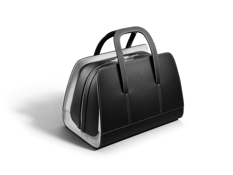 BWraith Luggage Collection 6 750x564